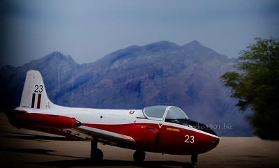 Red White plane mtn 6554cfvin