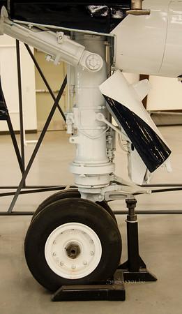 Landing gear 6771