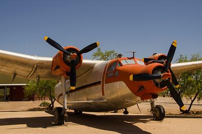 Orange Silver plane 6485