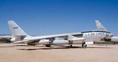 USAF 32135 jet