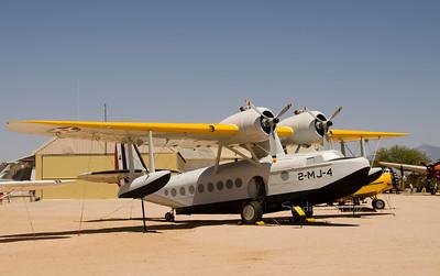 Amphibian plane yellow 6460