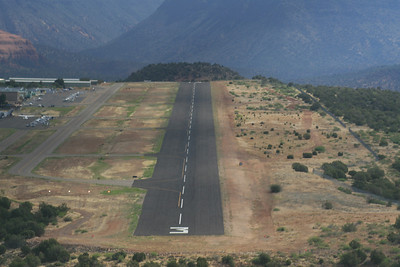 short final at Sedona on runway 3...