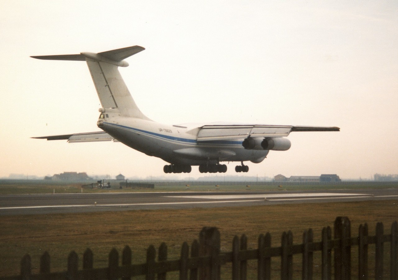 The mighty Ilyushin 76 prior to touch down at Ostend Airport. Once a common sight over there...picture from 1997.