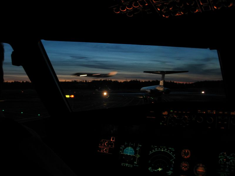 Waiting behind a SAS MD80-series, while another MD is landing. Onboard of Airbus A319 @ Gotheborg.