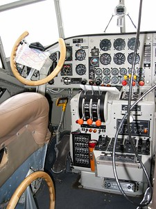 The fully refurbished cockpit of the Ju52.