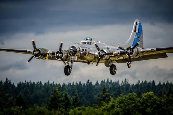 B-17G, Sentimental Journey