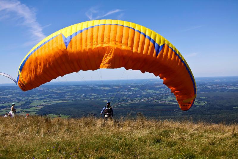 Parapente - Puys de Dôme - France