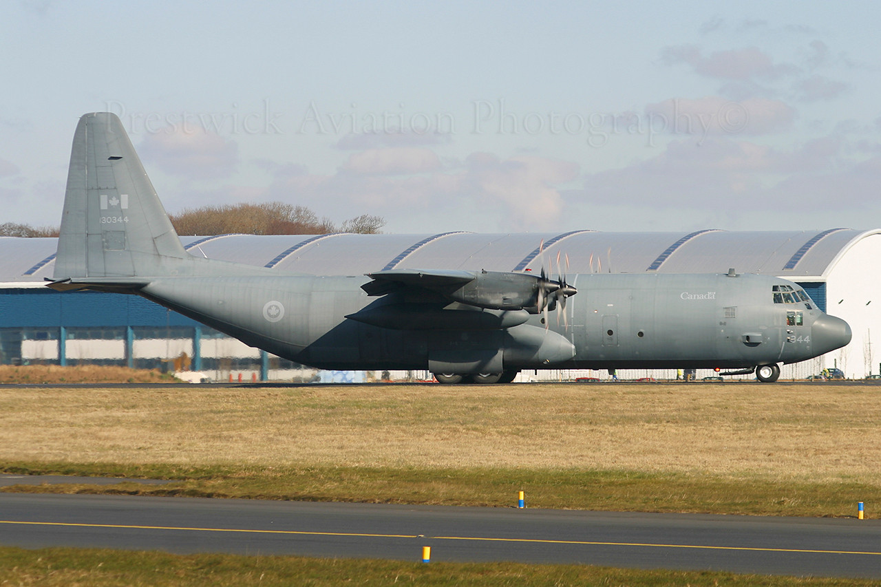 130344. Lockheed CC-130H Hercules. Canadian Armed Forces. Prestwick. 080304.