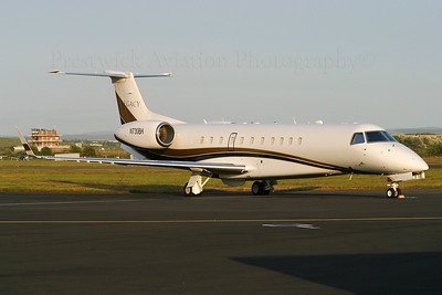 N730BH. Embraer EMB-135BJ Legacy. Private. Prestwick. 120704.