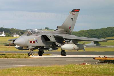 ZA549. Panavia Tornado GR4. RAF. Prestwick. 120704.