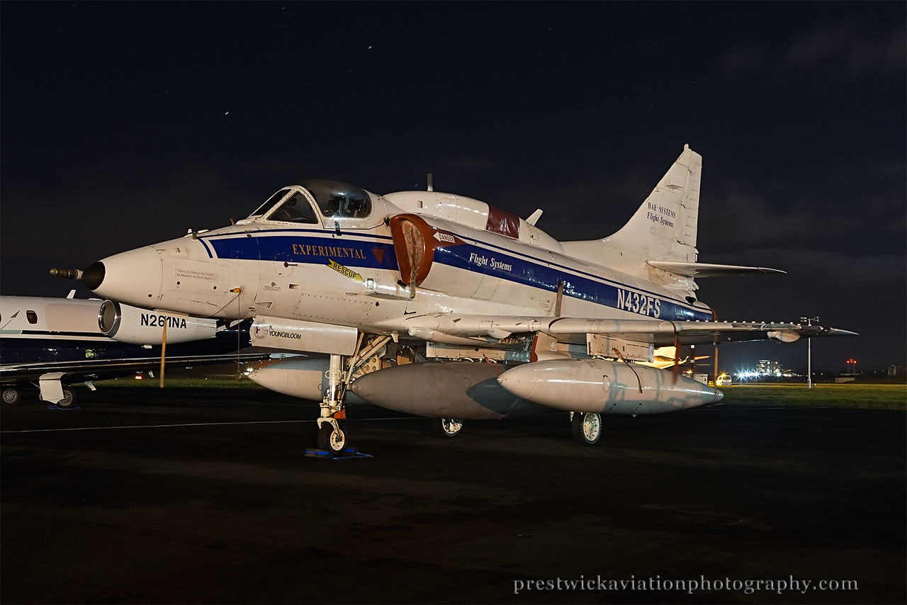 N432FS. McDonnell Douglas A-4N Skyhawk II. Bae Systems. Prestwick. 021214.
