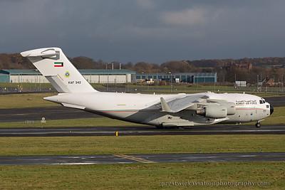 KAF 342. Boeing C-17A Globemaster III. Kuwait Air Force. Prestwick. 021114.
