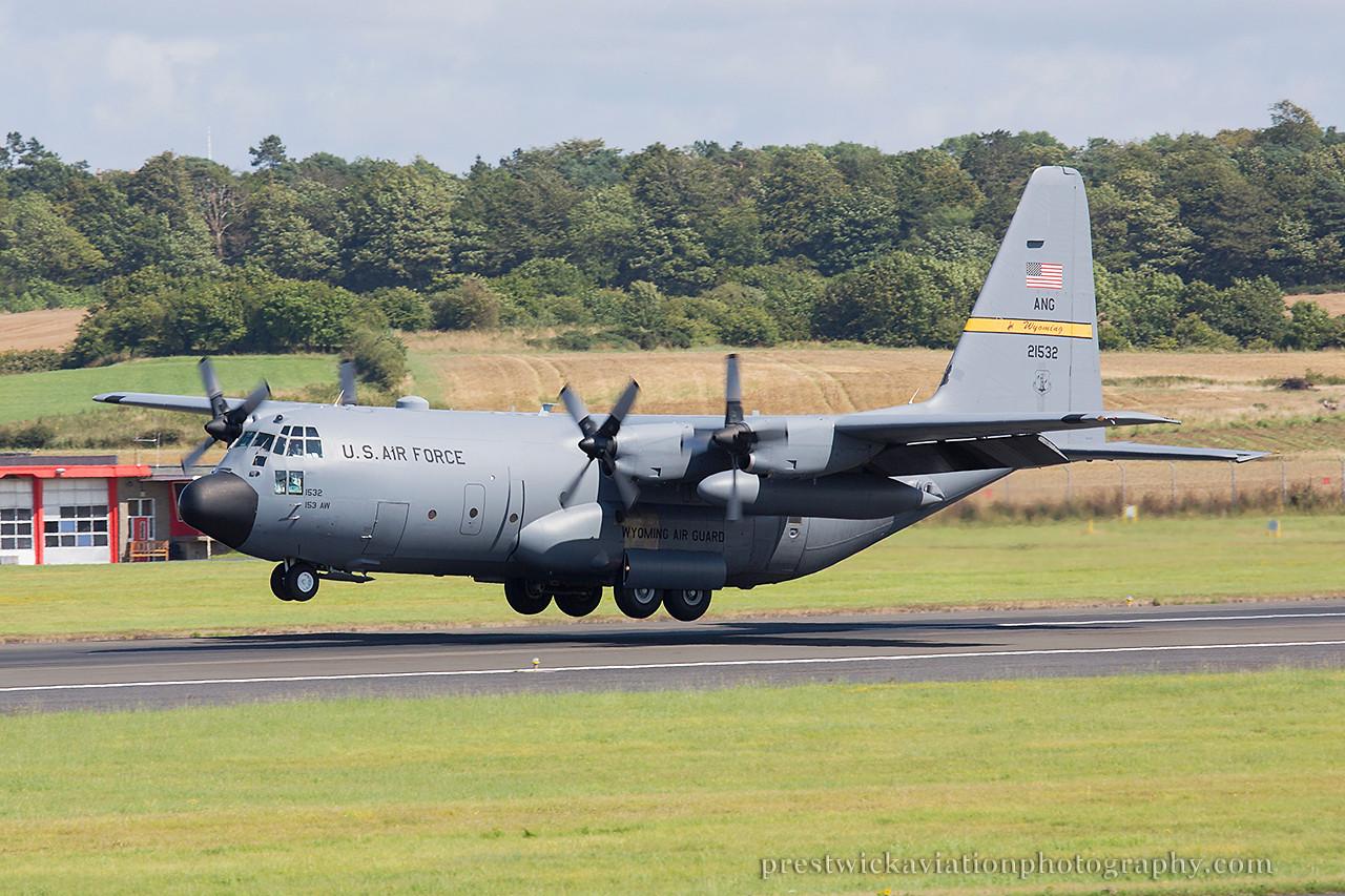 92-1532. Lockheed C-130H Hercules. USAF. Prestwick. 090814.