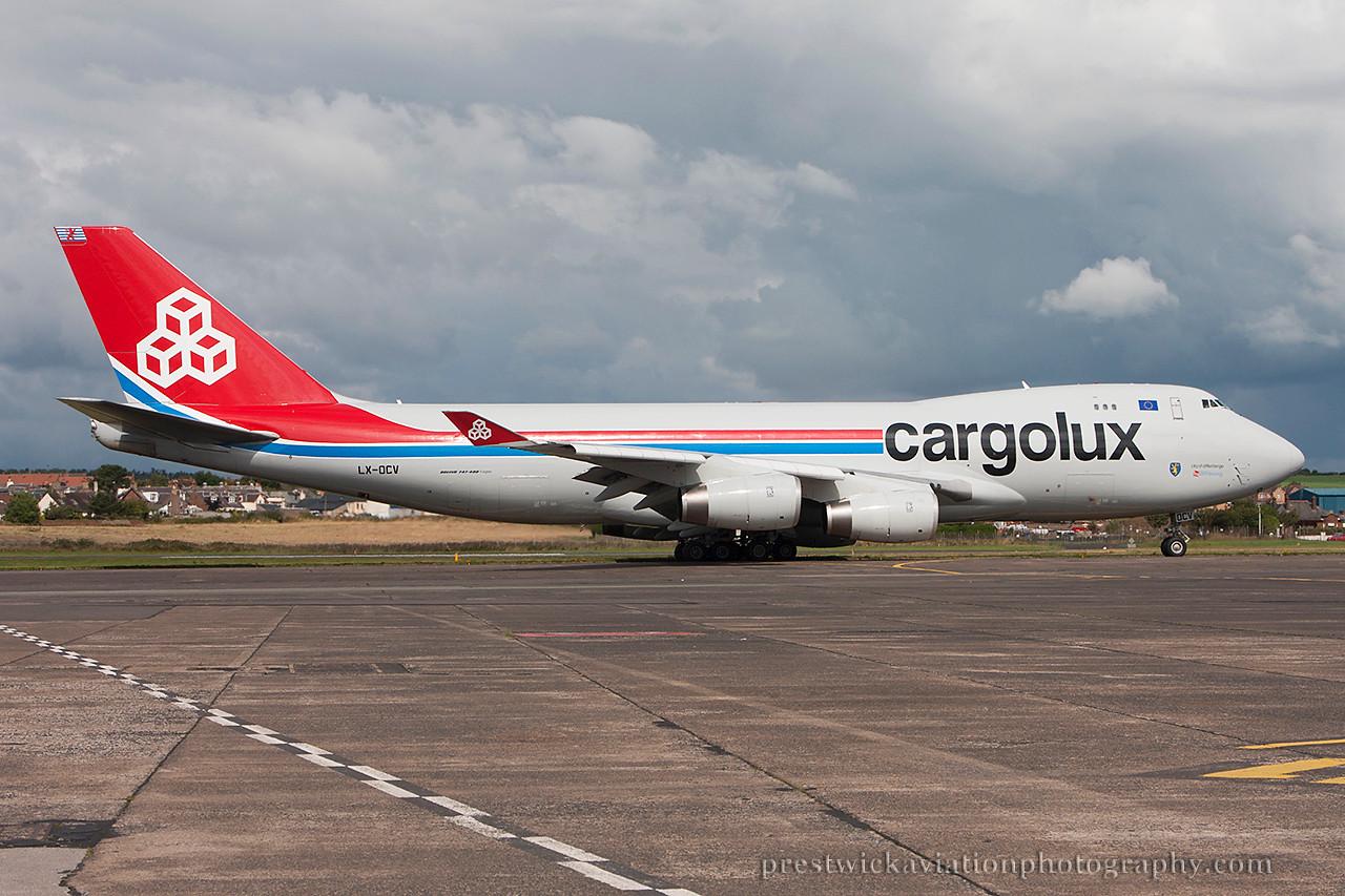 LX-OCV. Boeing 747-4R7F/SCD. Cargolux. Prestwick. 140814.