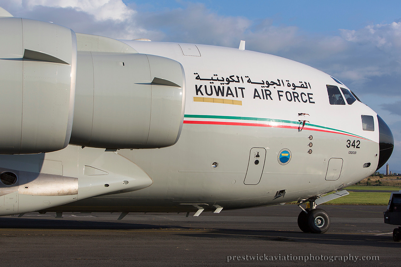KAF 342. Boeing C-17A Globemaster III. Kuwait Air Force. Prestwick. 010814.