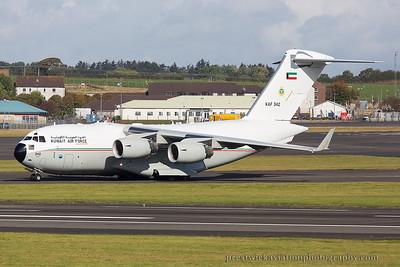KAF 342. Boeing C-17A Globemaster III. Kuwait Air Force. Prestwick. 021014.