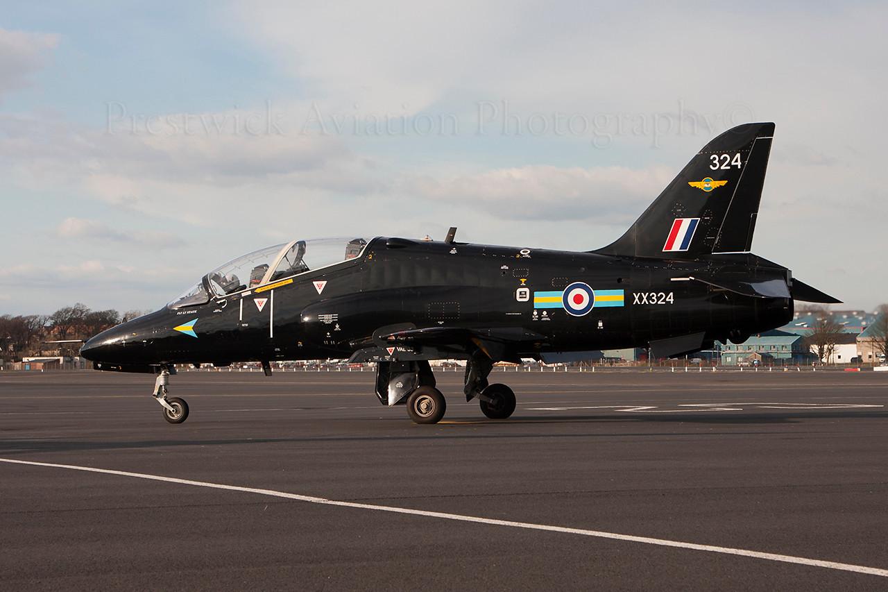 XX324. British Aerospace Hawk T1A. RAF. Prestwick. 270314.