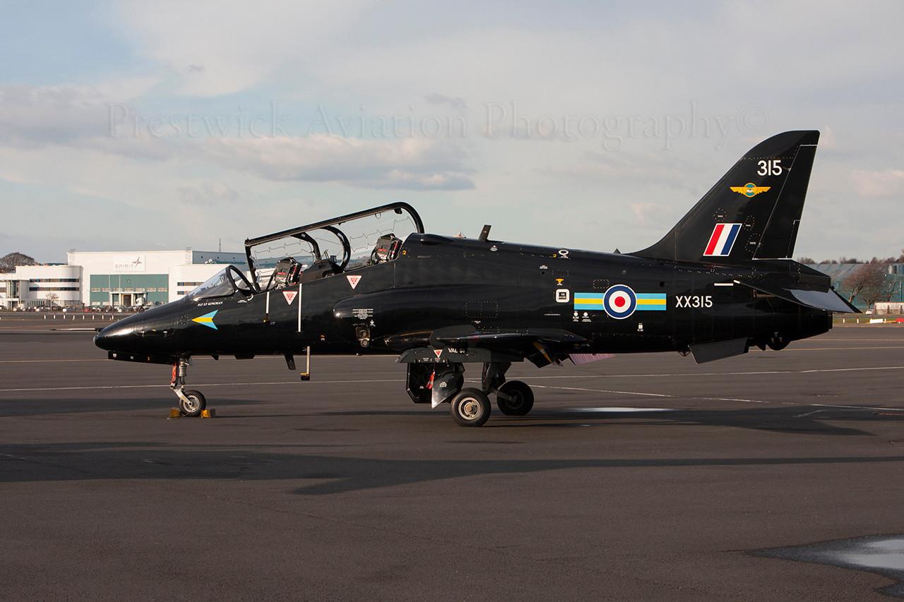 XX315. British Aerospace Hawk T1A. RAF. Prestwick. 270314.