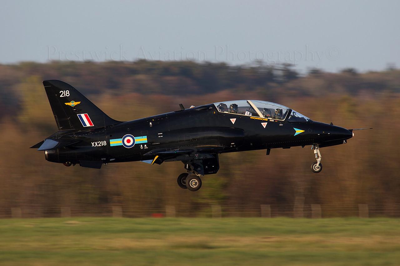 XX218. British Aerospace Hawk T1. RAF. Prestwick. 150414.