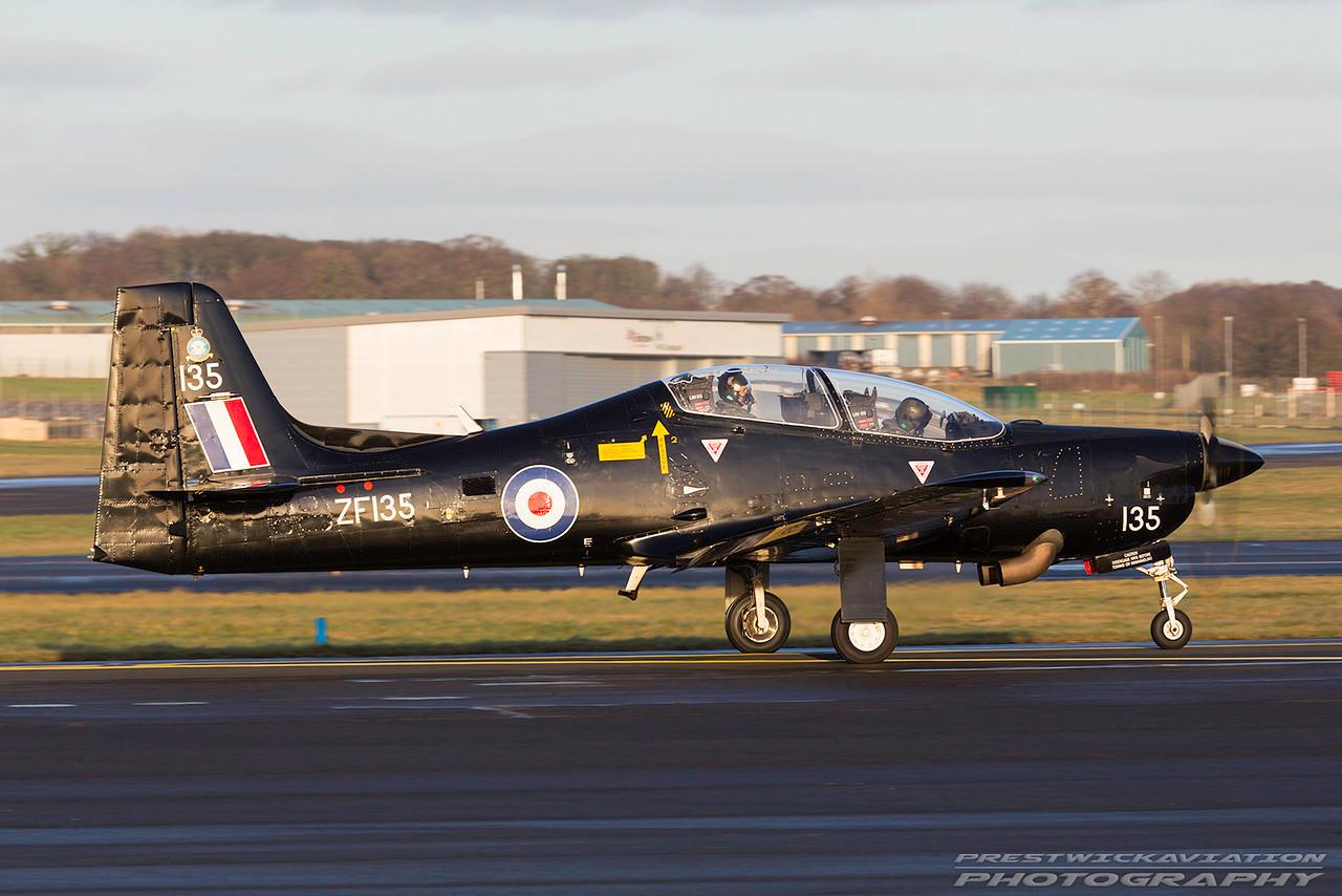 ZF135. Short S-312 Tucano T1. RAF. Prestwick. 040117.