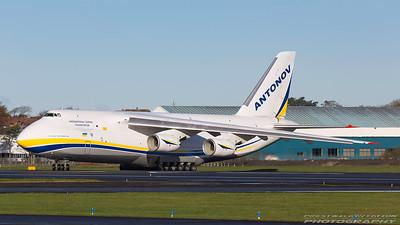 UR-82009. Antonov An-124-100 Ruslan. Antonov Design Bureau. Prestwick. 051117.