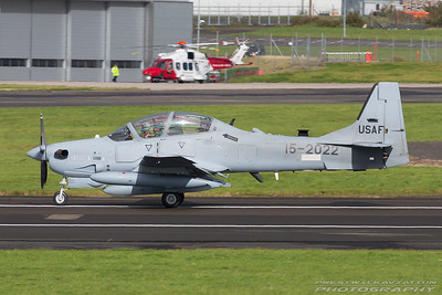 15-2022. Embraer A29 Super Tucano. USAF. Prestwick. 051017.