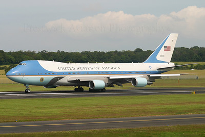 "92-9000.Boeing VC-25A. USAF. Prestwick. 080705.  ""Air Force One"" departing runway 31."
