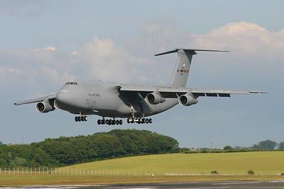 86-0021. Lockheed C-5B Galaxy. USAF. Prestwick. 080705.