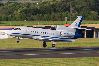 VT-SBK. Dassault Falcon 900EX. Private. Prestwick. 120707.