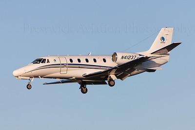 N41237. Cessna Citation 560XL. Private. Prestwick. 110409.