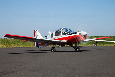 XX667. Scottish Aviation Bulldog T1. Private. Prestwick. 200409.