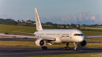 N226G. Boeing 757-23A. Comco. Prestwick. 030709.