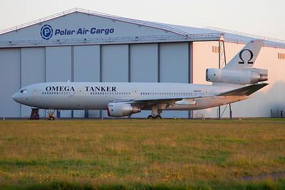 N974VV. McDonnell Douglas KDC-10-40I. Omega Air. Prestwick. 300509.