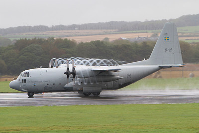 845. Lockheed Tp84 Hercules. Swedish Air Force. Prestwick. 011011.