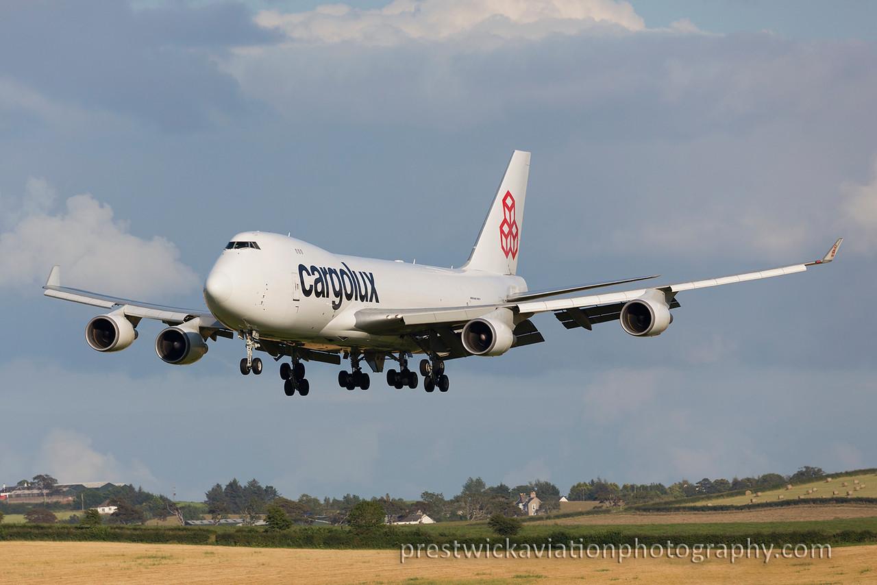 LX-JCV. Boeing 747-4R7F/SCD. Cargolux. Prestwick. 160815.