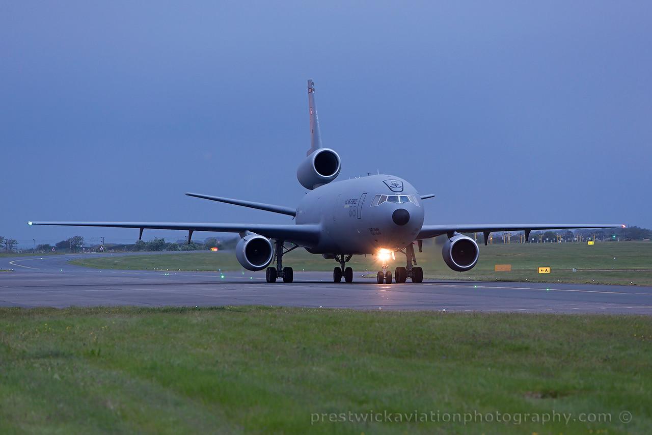 84-0190. McDonnell Douglas KC-10A Extender. USAF. Prestwick. 160615.