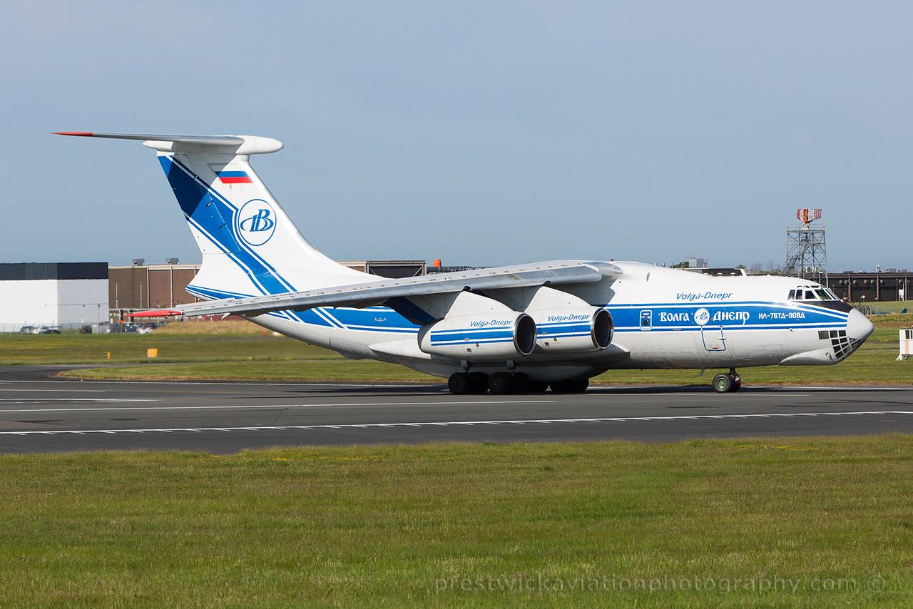 RA-76952. Ilyushin Il-76TD-90VD. Volga Dnepr. Prestwick. 110615.