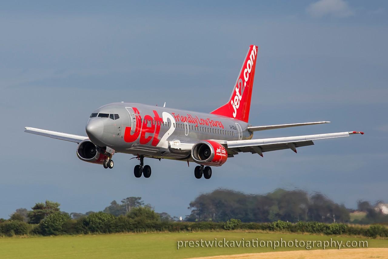 G-CELK. Boeing 737-377. Jet2. Prestwick. 180815.