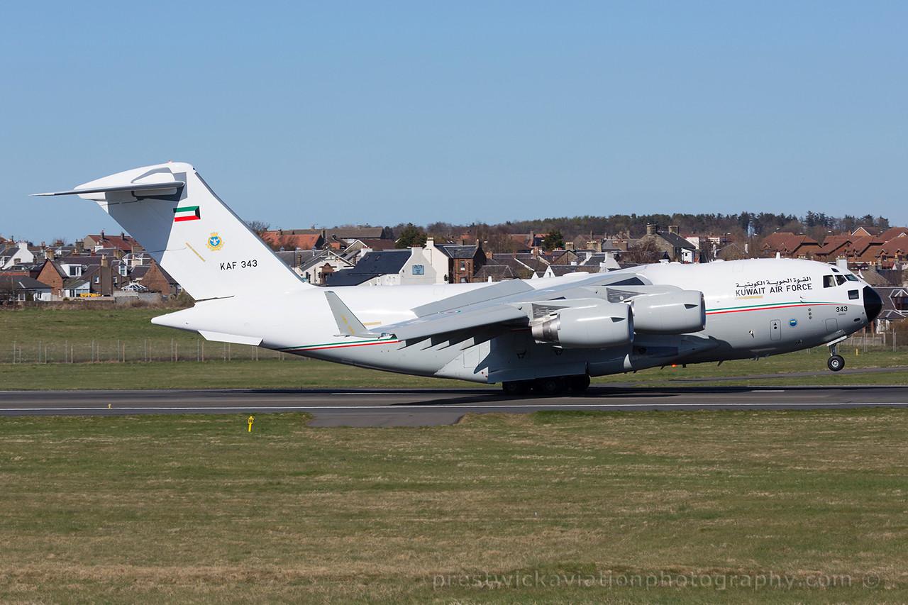KAF 343. Boeing C-17A Globemaster III. Kuwait Air Force. Prestwick. 180415.