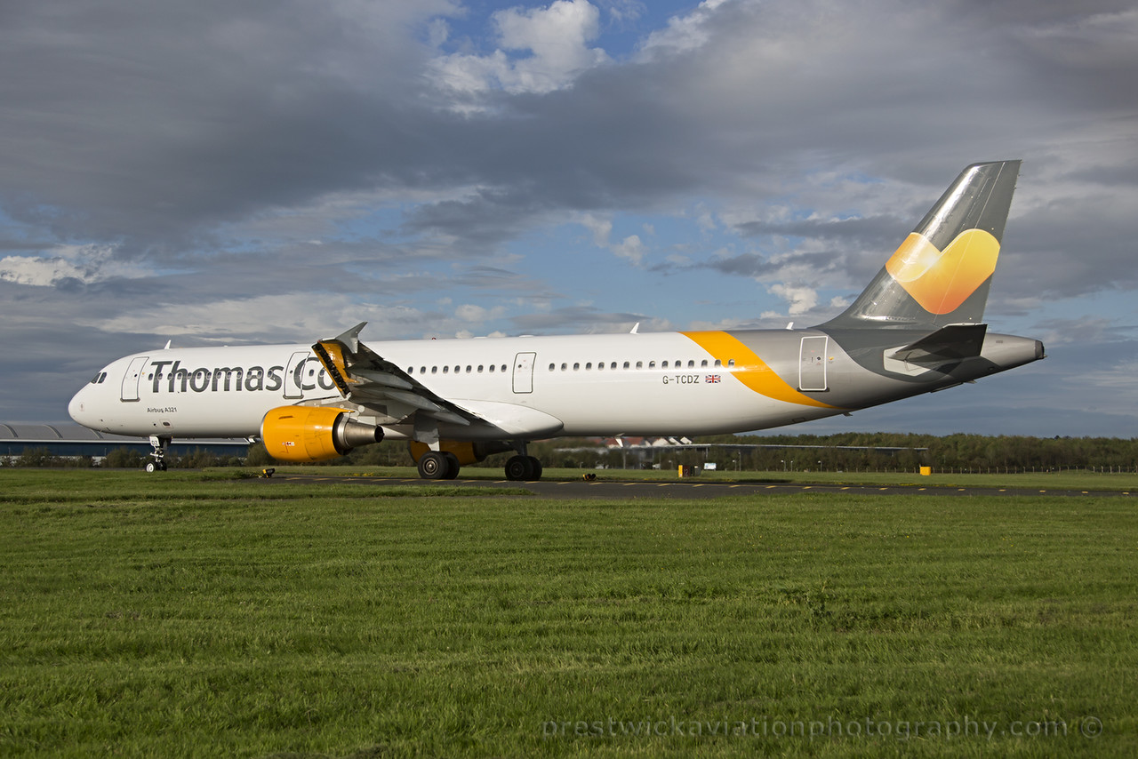 G-TCDZ. Airbus A321-211. Thomas Cook. Prestwick. 300615.
