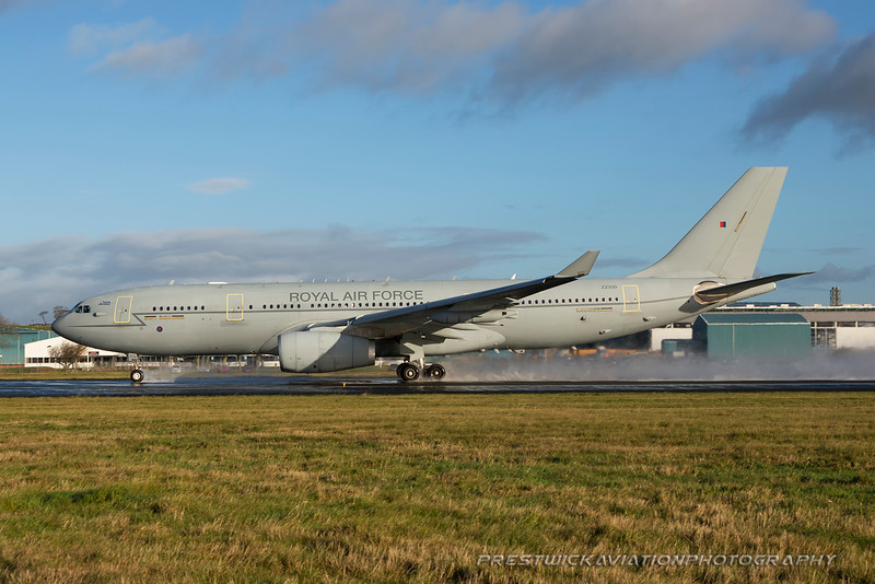 ZZ330. Airbus A330 Voyager KC2. RAF. Prestwick. 241115.