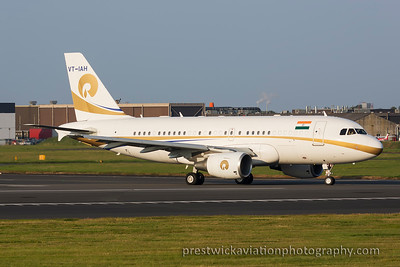 VT-IAH. Airbus A319-115XCJ. Relliance Industries. Prestwick. 110915.