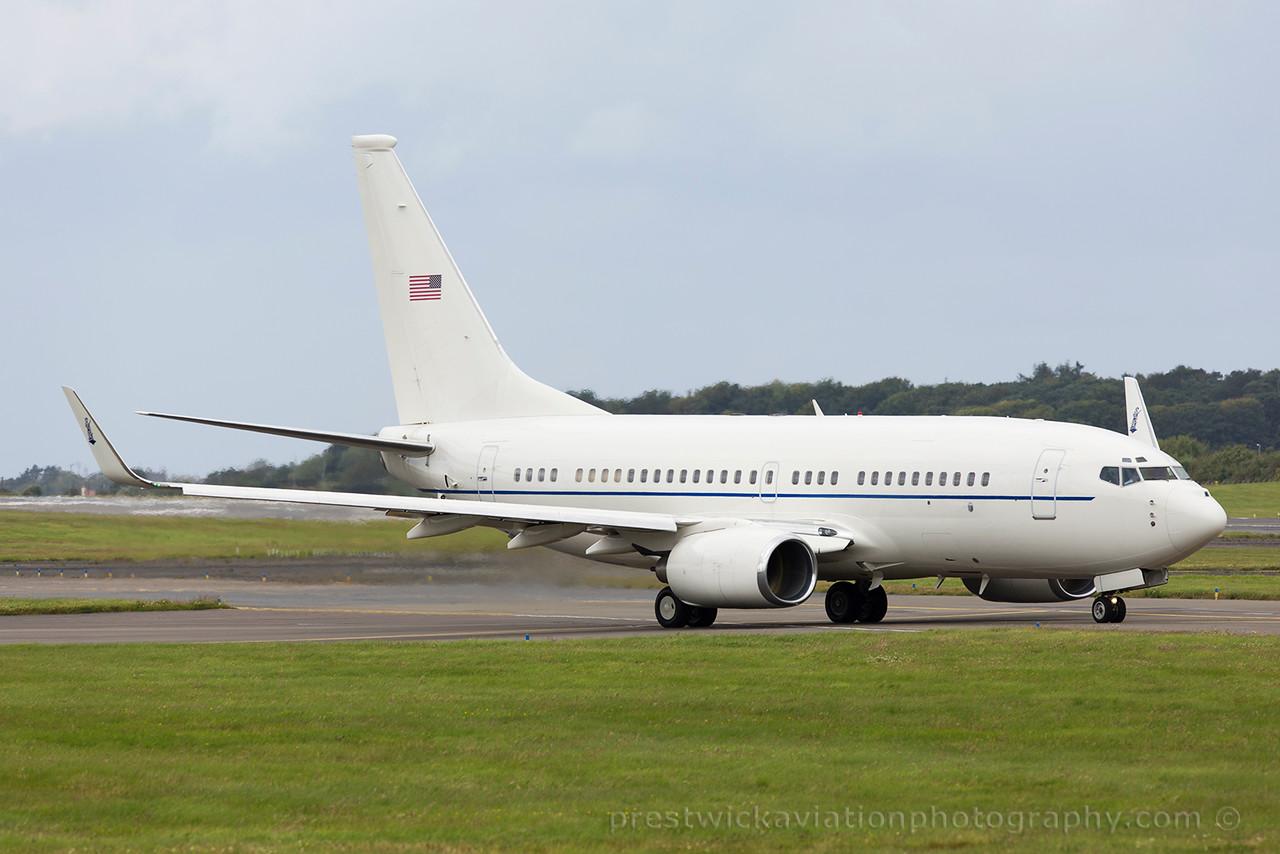 02-0202. Boeing C-40C BBJ. USAF. Prestwick. 010815.