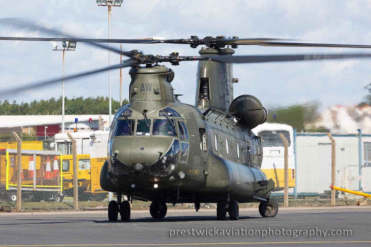 ZA720. Boeing Chinook HC2. RAF. Prestwick. 070815.