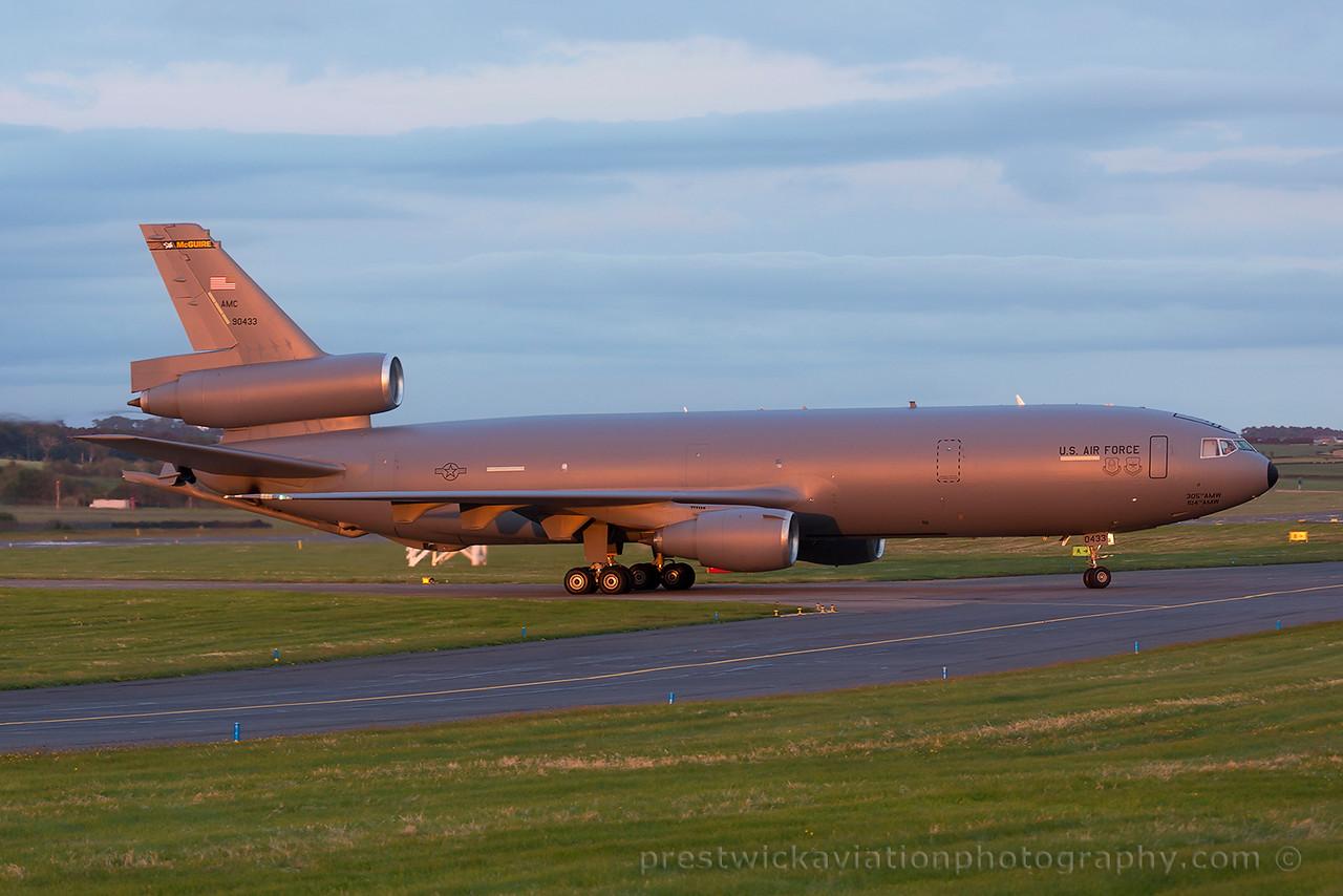 79-0433. McDonnell Douglas KC-10A Extender. USAF. Prestwick. 030615.