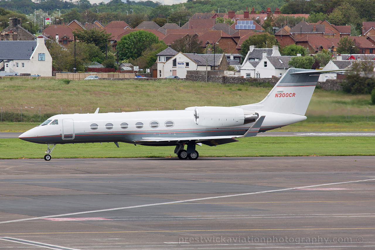 N300CR. Gulfstream Aerospace Gulfstream IV. Private. Prestwick. 300615.