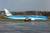 PH-BHC. Boeing 787-9 Dreamliner. KLM. Prestwick. 241115.