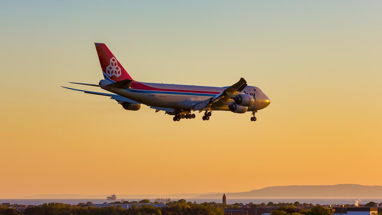 LX-VCH. Boeing 747-8R7FSCD. Cargolux. Prestwick. 100615.