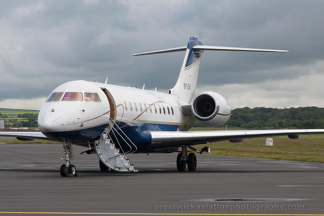 SP-ZAK. Bombardier Global 5000. Private. Prestwick. 070715.
