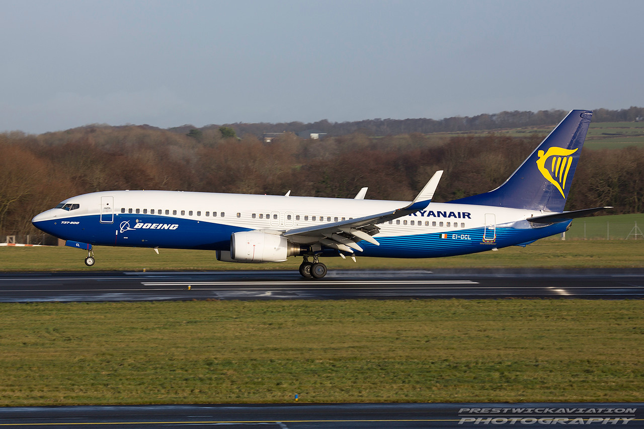 EI-DCL. Boeing 737-8AS. Ryanair. Prestwick. 081216.